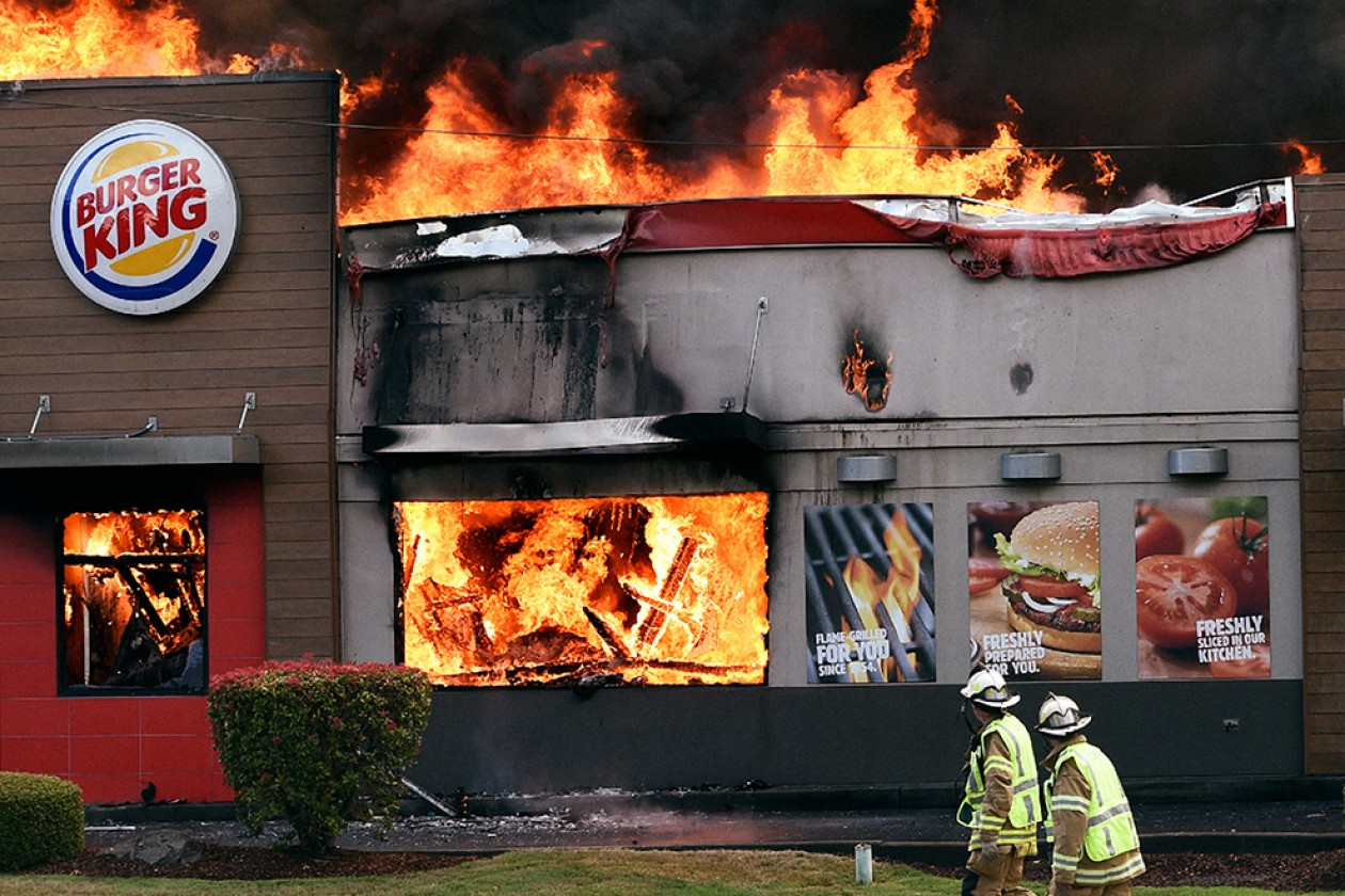 burger-king-fire-hed-2017-1260x840